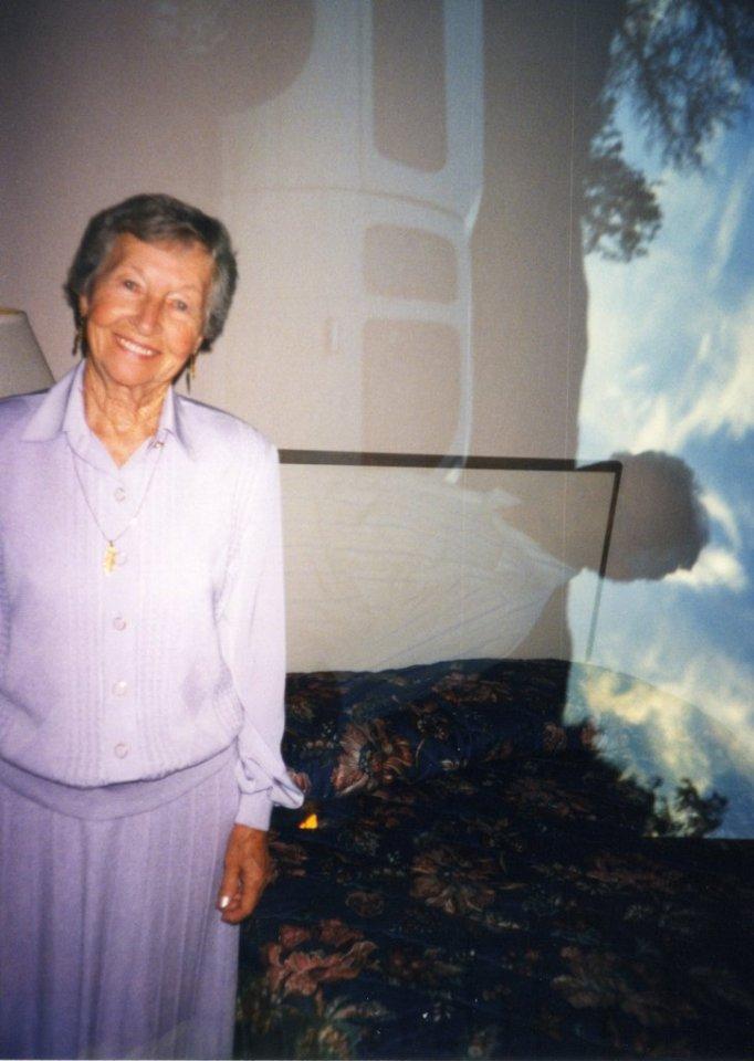 10-09-1999 - Eileen